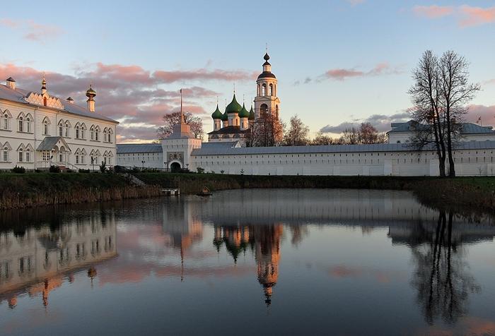 Николай Белавин фото Ярославля1а (700x476, 252Kb)