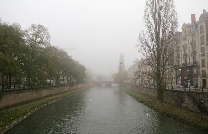 Утренняя прогулка по Страсбургу (700x451, 315Kb)