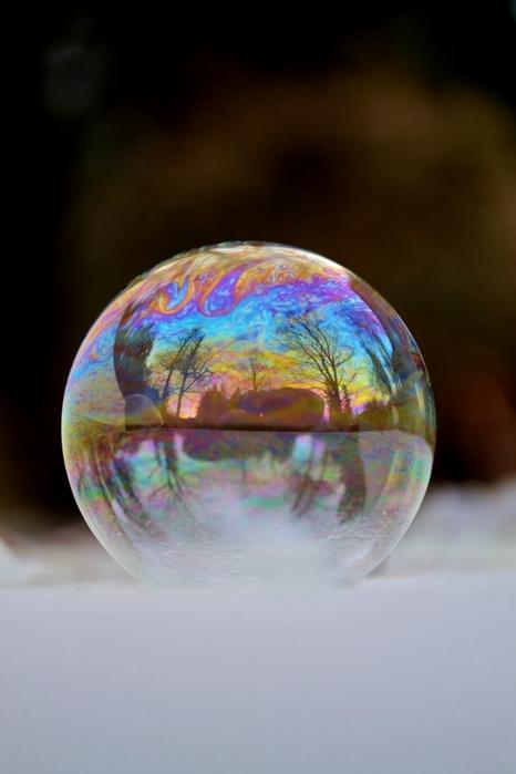 мыльный пузырь фото (466x700, 135Kb)