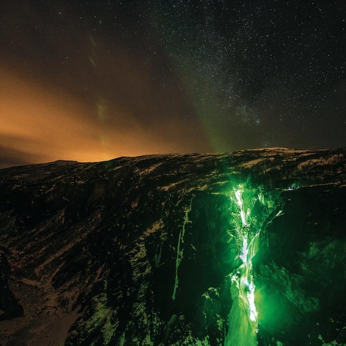 замерзшие водопады фото 1 (700x700, 358Kb)