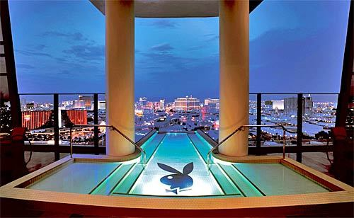 hugh-hefner-sky-villa-palms-casino-resort (500x308, 34Kb)
