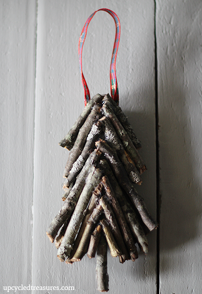 diy-christmas-twig-ornament-via-upcycledtreasures (400x583, 376Kb)
