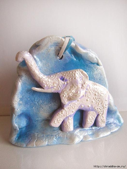 Слон у горы, автор Shraddha (1) (525x700, 260Kb)