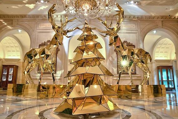 новогодний интерьер фото Four Seasons Hotel George V 1 (570x380, 224Kb)