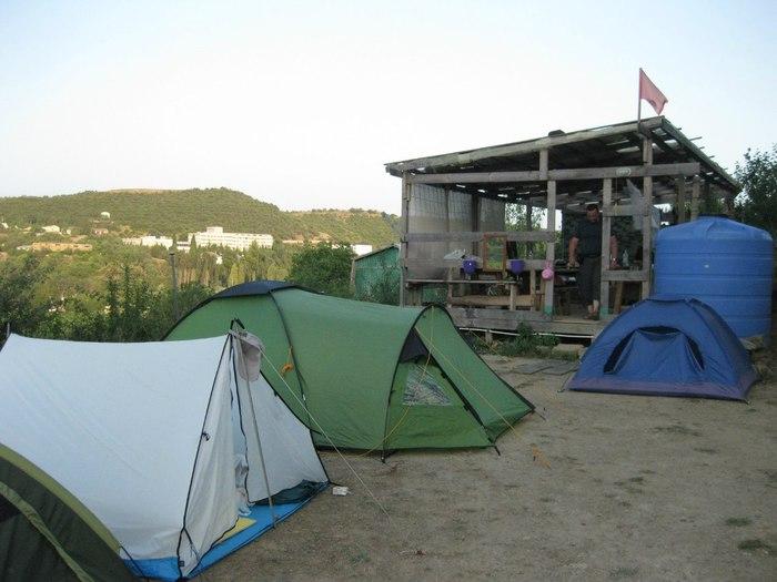 Палаточный лагерь в Крыму/1387104946_10423925_78ab6db7 (700x525, 64Kb)