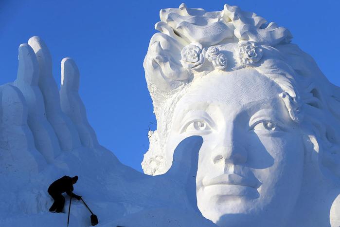 ледяные скульптуры харбина фото 2 (700x466, 260Kb)