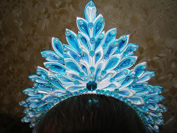Как сделать корону на новый год из канзаши