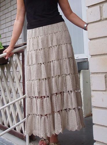 Простая юбка крючком.