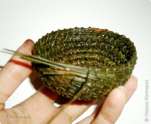 Плетение из сосновых иголок от Мамитка. КОЛОКОЛЬЧИКИ (7) (520x425, 101Kb)