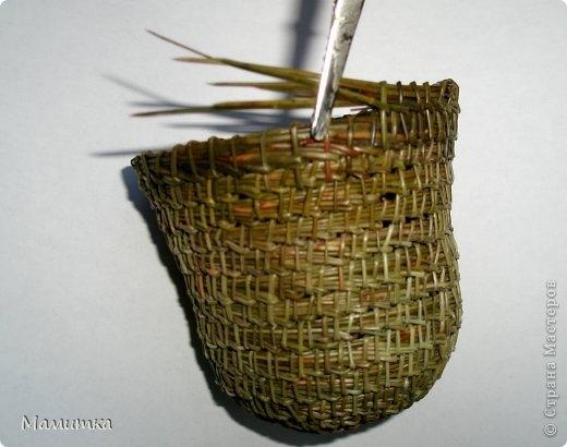 Плетение из сосновых иголок от Мамитка. КОЛОКОЛЬЧИКИ (9) (520x410, 101Kb)