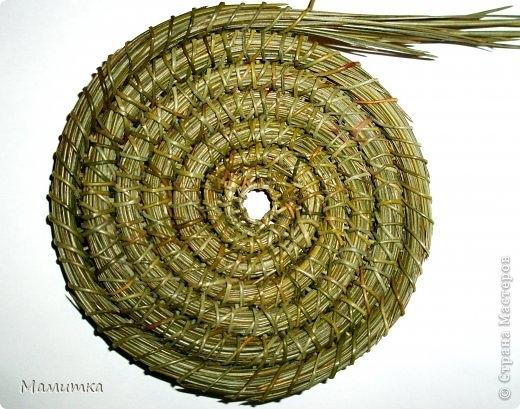 колокольчики из сосновых иголок (4) (520x409, 168Kb)