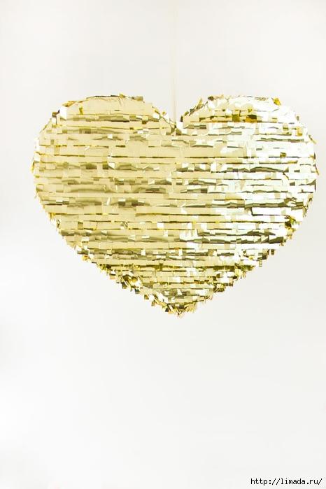DIY-Mylar-Fringe-Heart-Pinata (466x700, 140Kb)