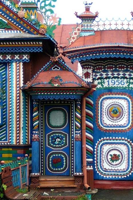 11-Необычный дом кузнеца Сергея Кириллова (465x700, 474Kb)