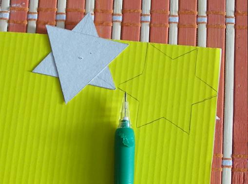 Новогодняя елочка из кружевных бумажных салфеток (9) (509x377, 474Kb)