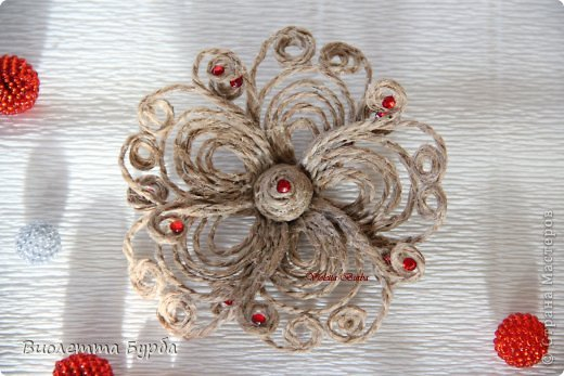 Цветы из джутового шпагата