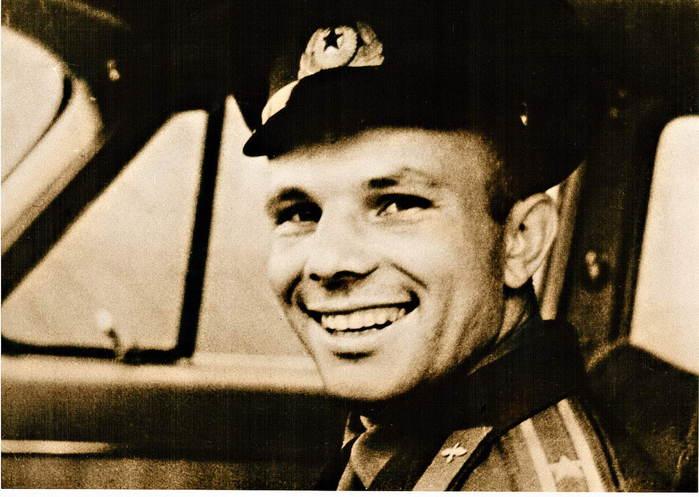 автопробег в честь 80–летия Юрия Гагарина