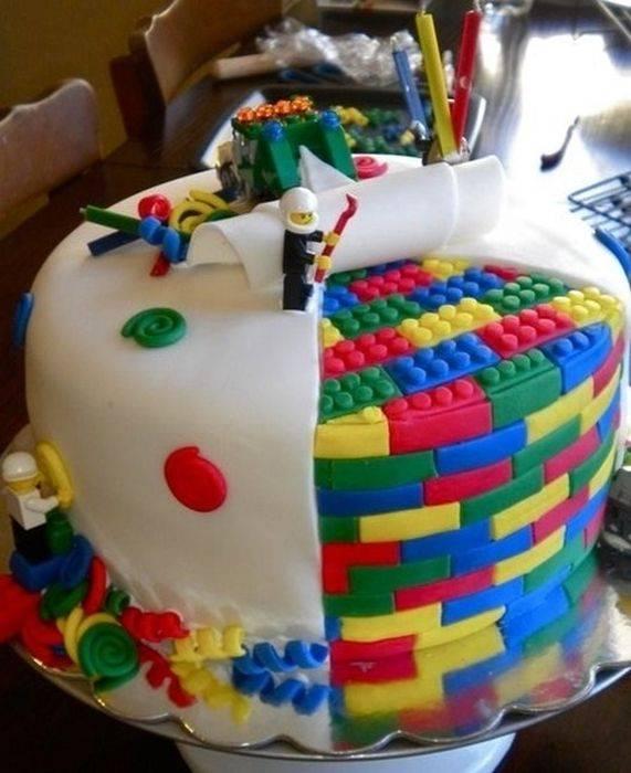 Торт-нямка-лего-360464 (571x700, 311Kb)