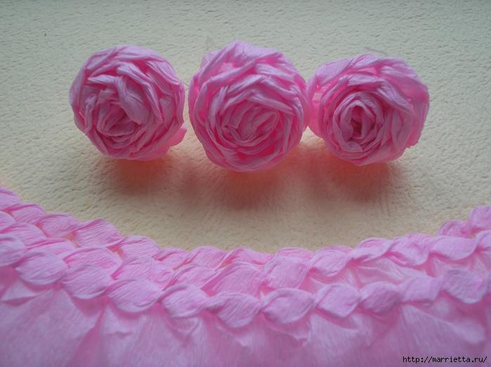 цветы из гофрированной бумаги (23) (700x523, 256Kb)