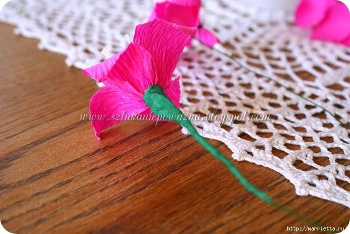 НОГОТКИ из гофрированной бумаги. Фото мастер-класс (13) (700x468, 248Kb)
