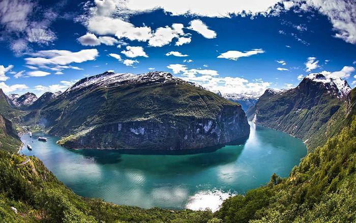 3578968_Geirangerfjorden_Per_Ottar_Walderhaug1 (700x438, 78Kb)
