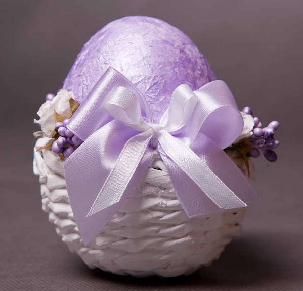 Плетение из газет. Подставочки для пасхальных яиц (2) (599x576, 497Kb)