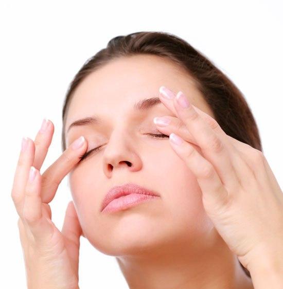 Уход за кожей вокруг глаз (3) (550x562, 142Kb)
