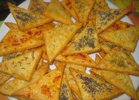 сырные треугольнички