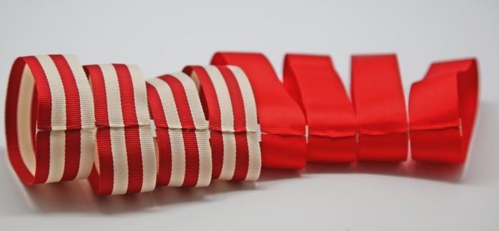 Бантики из полосатых ленточек. Украшаем заколки для волос (3) (700x324, 199Kb)