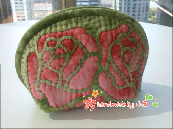 Шьем косметичку с розами. Фото мастер-класс (29) (581x432, 361Kb)