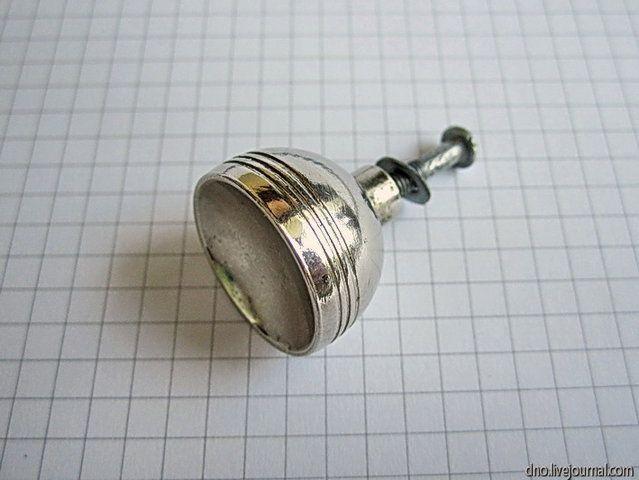 Как сделать миниатюрный чайник из ручки ящика тумбочки (2) (639x480, 151Kb)