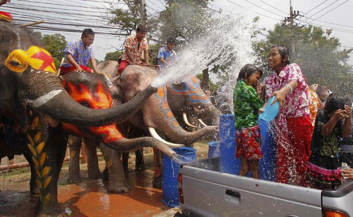 Songkran1 (700x431, 157Kb)