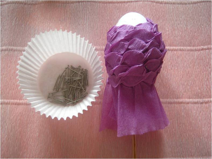 Пасхальное яйцо из гофрированной бумаги. Видео и мастер-класс (10) (700x525, 310Kb)