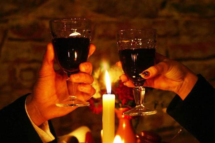 3085196_92104226_3889894_Romantic_Dinner_Candles (699x466, 28Kb)