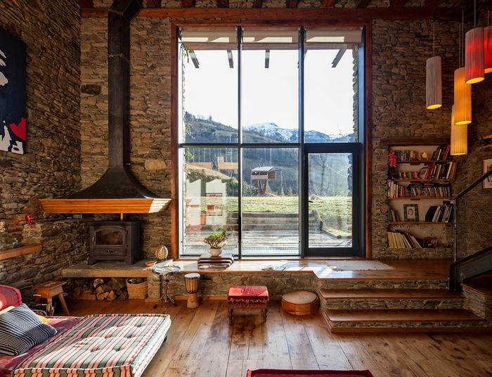 spanish_pyrenees_house_hqroom_ru_3 (700x536, 541Kb)