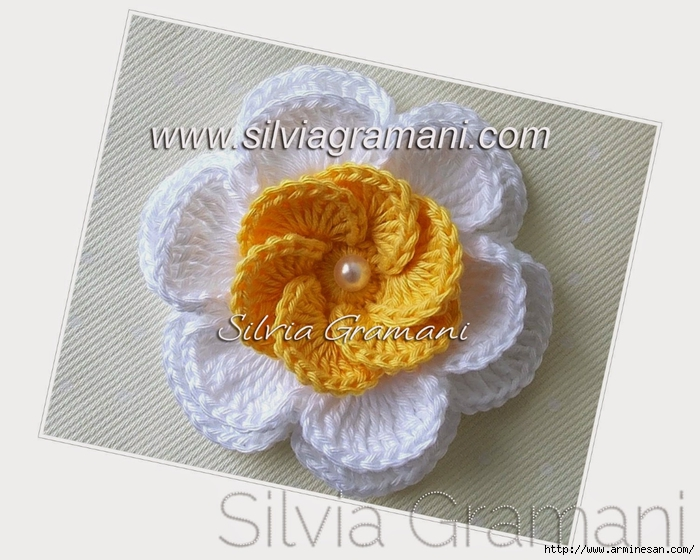 Silvia Gramani flor de croche (700x560, 252Kb)
