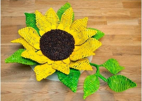 DIY-Paper-Woven-Sunflower-Tray-12345678999999999999999999 (545x387, 162Kb)