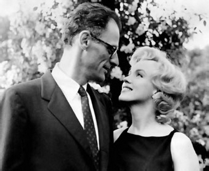 arthur_miller_and_marilyn_monroe (700x572, 80Kb)