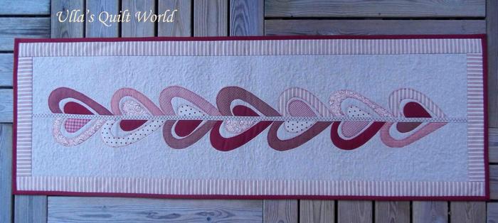 Лоскутное шитье. Красивые салфетки-дорожки с аппликацией и стежкой (21) (700x314, 248Kb)
