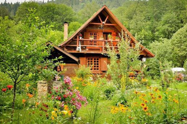 деревянный дом фото 3 (600x397, 314Kb)