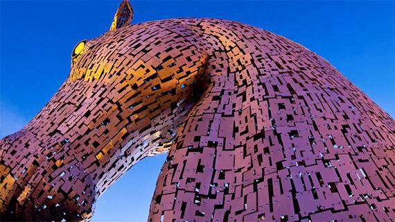 скульптуры лошадей в парке Helix 4 (570x320, 260Kb)