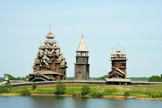 v800_800px-Kizhi_churches (640x427, 98Kb)