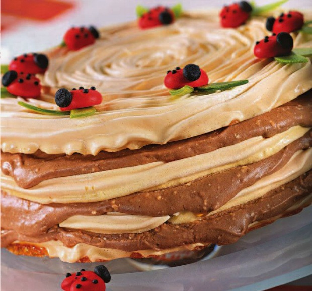 Торт с безе с заварным кремом бисквитный