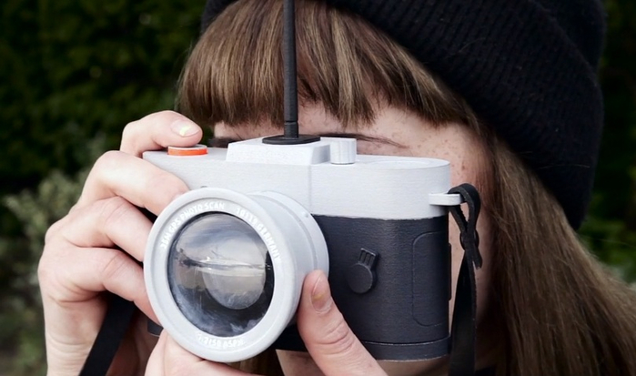 фотоаппарат Camera Restricta 2 (700x413, 241Kb)