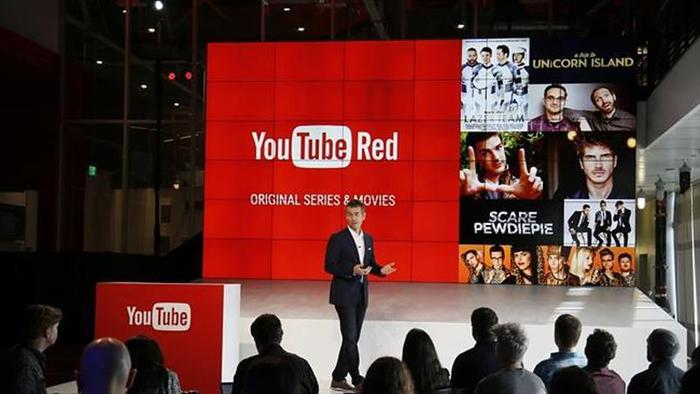 В YouTube появилось музыкальное приложение, а в Facebook   просто музыка