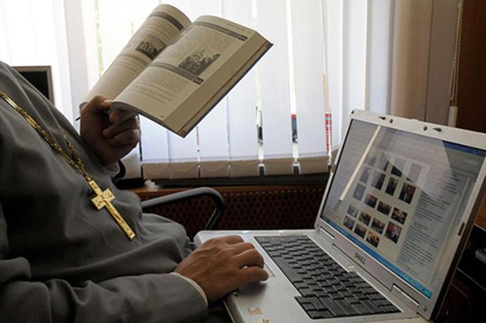 Компьютерные глюки и религия