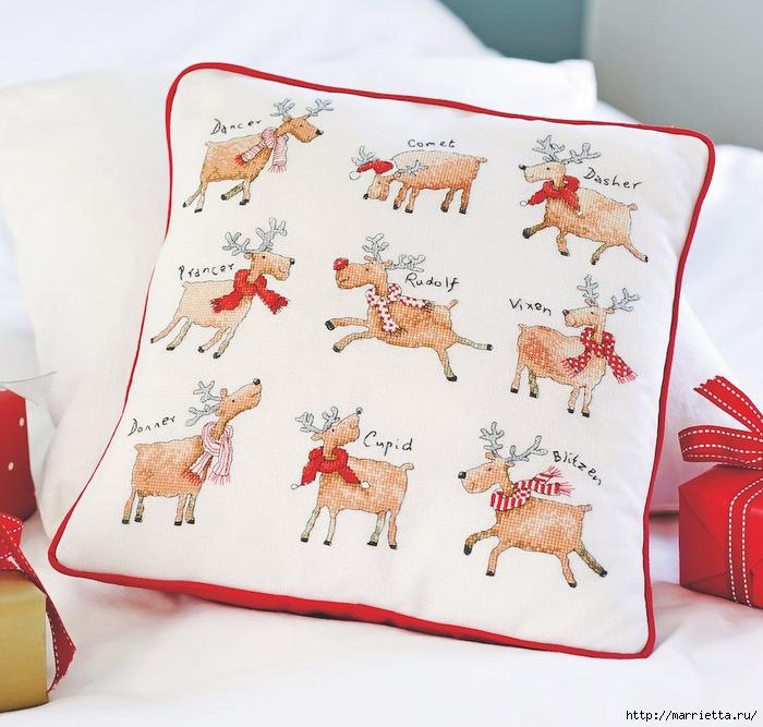 Рождественская. вышивка на подушках