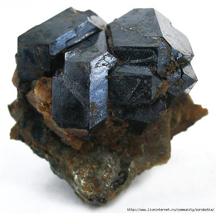 ����������� ����������� ������� ������� ������/5051365_0068_mines_uraniniteusa32abg (700x689, 284Kb)