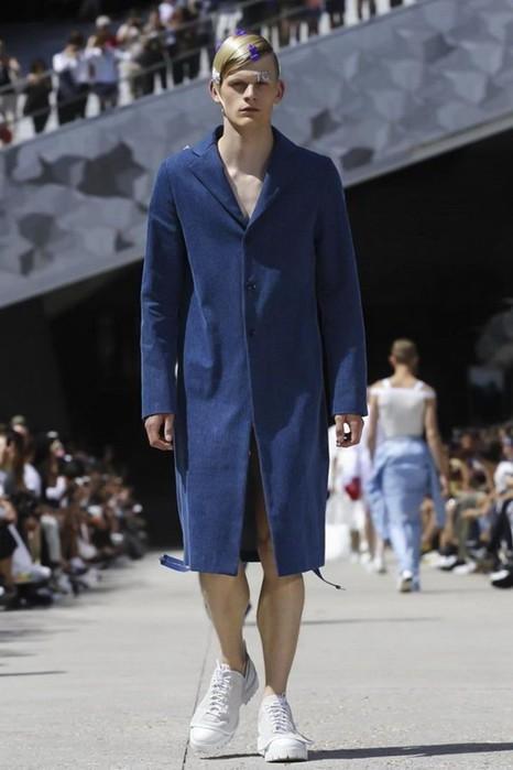126300080 111915 1330 HoodbyAir13 Hood by Air в Париже: Мужская мода от американского короля ЛГБТ сообщества