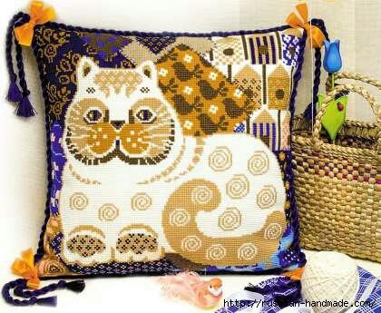 Декоративные подушки с КОШКАМИ. Вышивка крестом (4) (420x345, 131Kb)