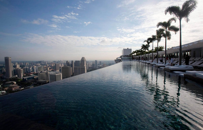 1374926306_Marina-Bay-Sands-Skypark-in-Singapore (700x449, 301Kb)